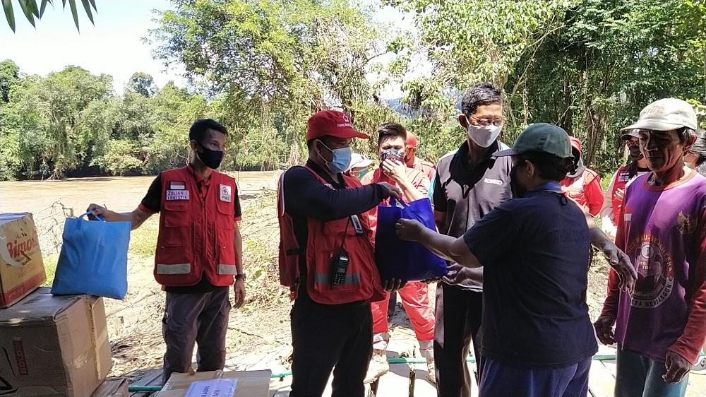 Banjir di Kabupaten Malinau, PMI Distribusikan Bantuan