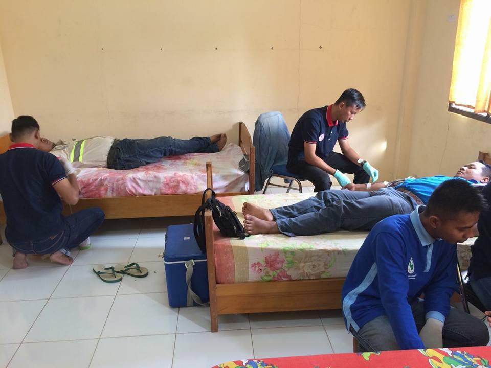 Unit Transfusi Darah PMI Kabupaten Bulungan bersama PT.PKN Apung melaksanakan giat Donor Darah - (Ada 0 foto)