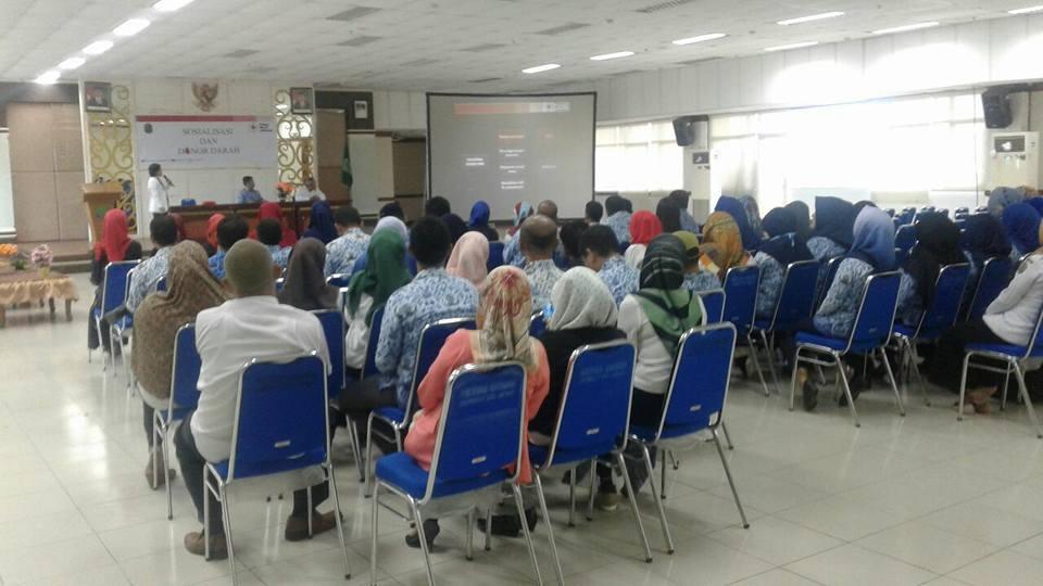 Kegiatan Sosialisasi Donor Darah PMI dan dilanjutkan Kegiatan Donor Darah di Kantor Bupati Kabupaten - (Ada 0 foto)
