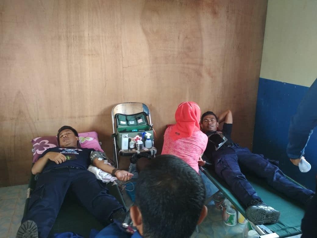 Unit Transfusi Darah Darah PMI Kab. Nunukan mengadakan donor darah di DAMKAR Kab. Nunukan - (Ada 0 foto)