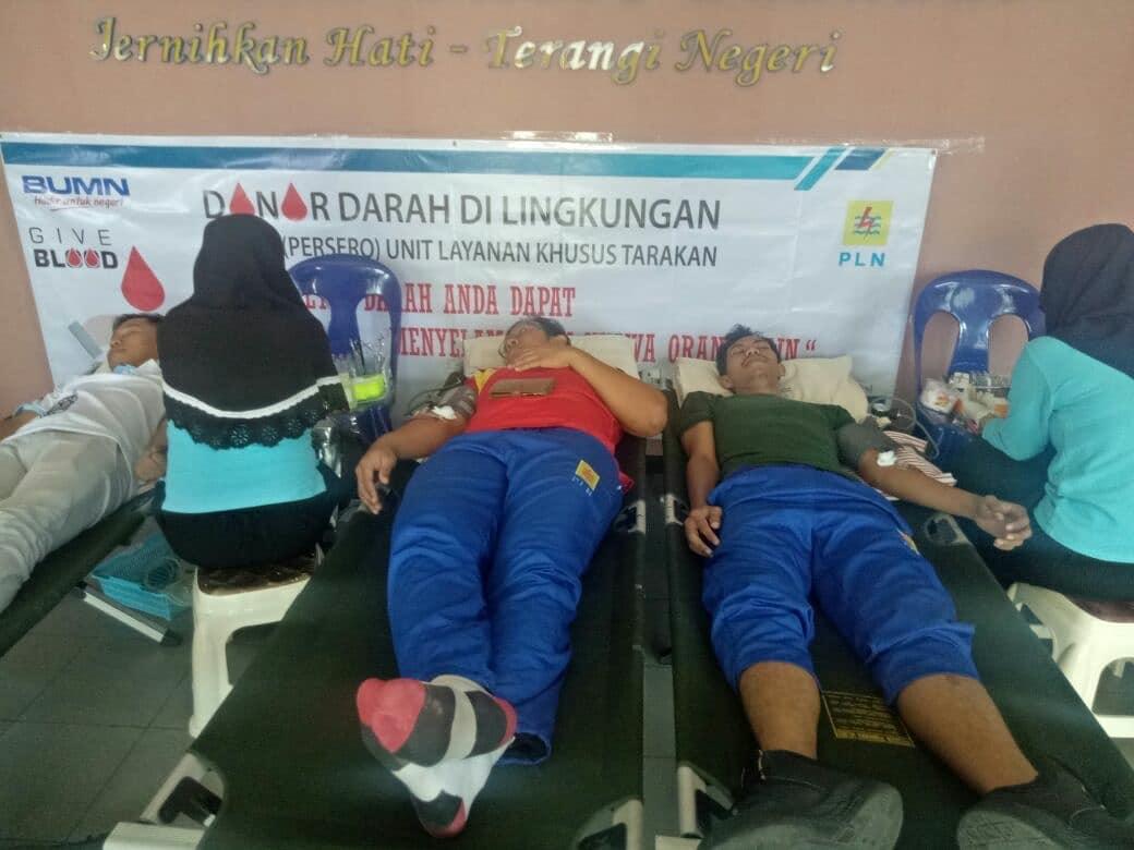 Bertempat di PT. PLN (persero) Tarakan Unit Transfusi Darah PMI Kota Tarakan mengadakan Kegiatan Don - (Ada 0 foto)