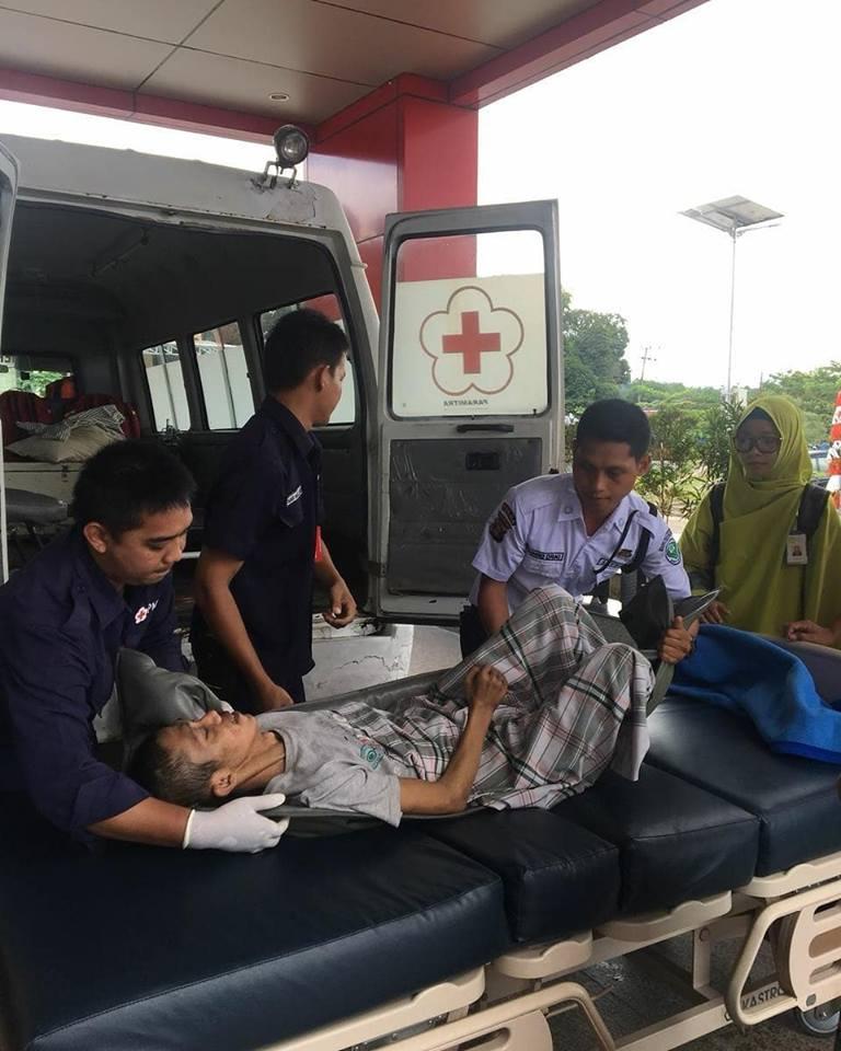 Giat PMI Kota Tarakan melakukan pelayanan medis penjemputan pasien dan dirujuk ke RSUD Tarakan - (Ada 0 foto)
